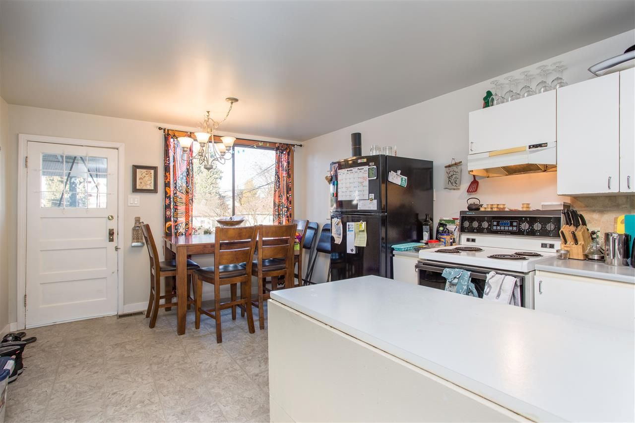 Photo 5: Photos: 369 E 34TH Avenue in Vancouver: Main House for sale (Vancouver East)  : MLS®# R2436463