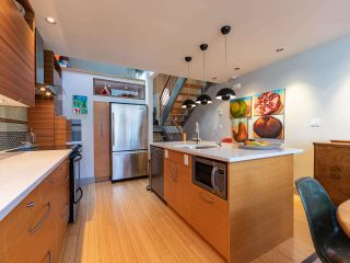 """Photo 14: 1674 ARBUTUS Street in Vancouver: Kitsilano Townhouse for sale in """"Arbutus Court"""" (Vancouver West)  : MLS®# R2561294"""