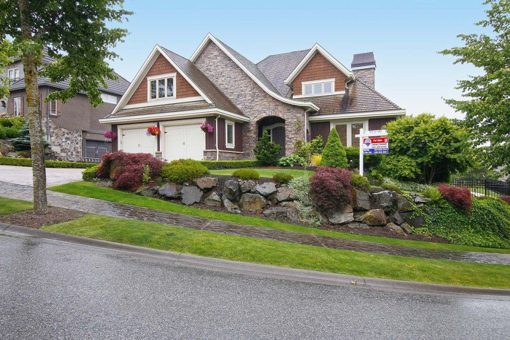 """Main Photo: 35402 JEWEL Court in Abbotsford: Abbotsford East House for sale in """"EAGLE MOUNTAIN"""" : MLS®# F1416341"""