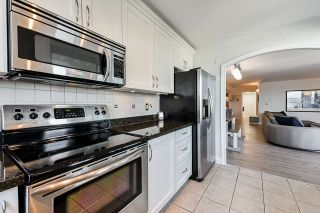 "Photo 13: 1704 420 CARNARVON Street in New Westminster: Downtown NW Condo for sale in ""Carnarvon Place"" : MLS®# R2546323"