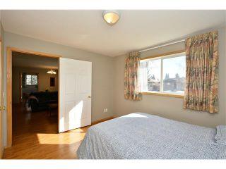 Photo 22: 6639 Pinecliff Grove NE in Calgary: Pineridge House for sale : MLS®# C4107612