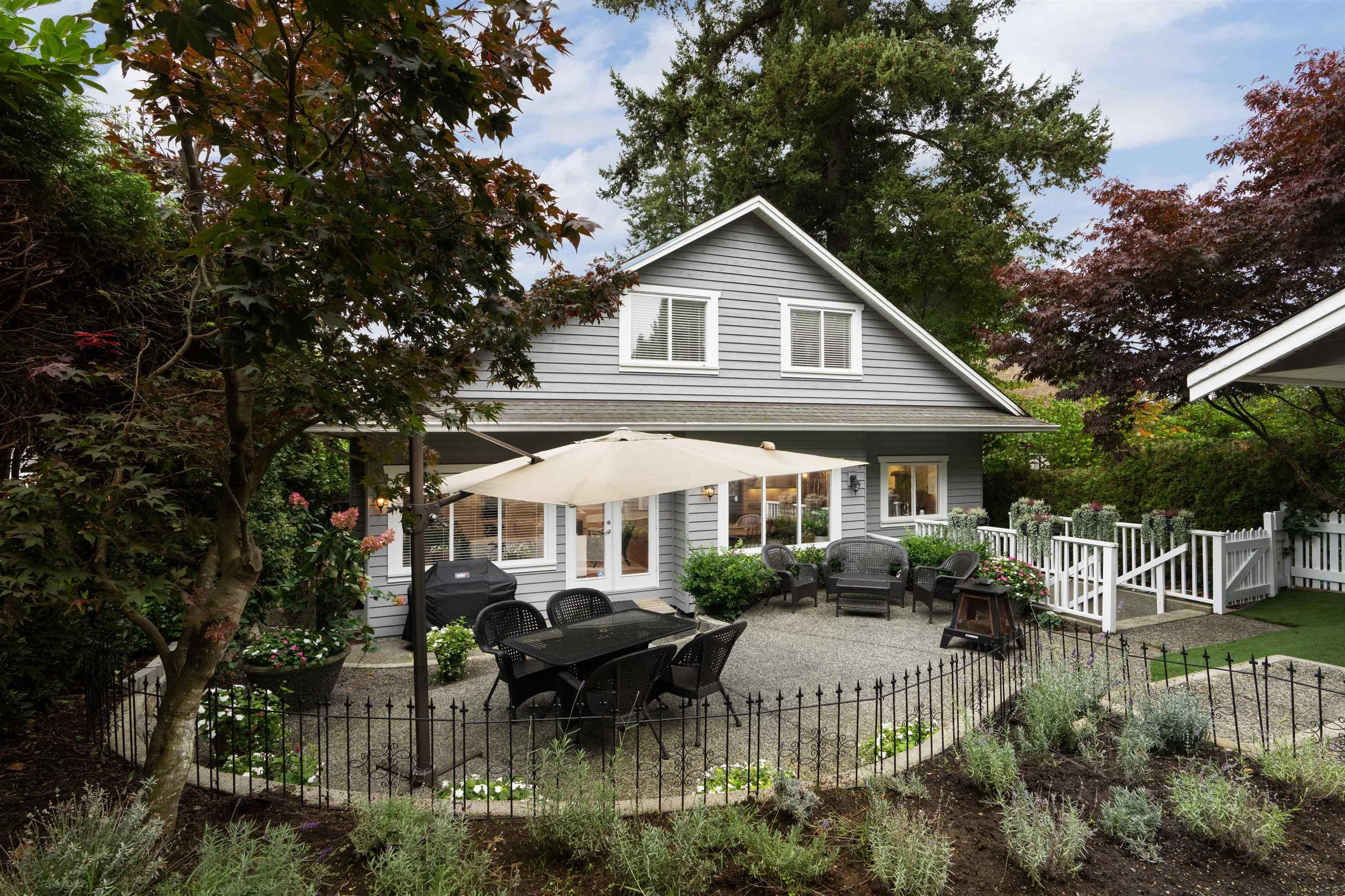 Main Photo: 150 W OSBORNE Road in North Vancouver: Upper Lonsdale House for sale : MLS®# R2625704