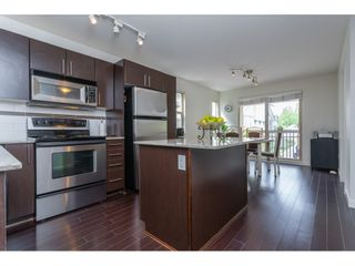 Photo 2: 35 19250 65 Avenue in Surrey: Clayton Townhouse for sale (Cloverdale)  : MLS®# R2374516