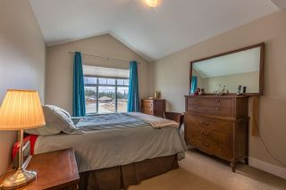 """Photo 7: 9 6233 TYLER Road in Sechelt: Sechelt District Townhouse for sale in """"THE CHELSEA"""" (Sunshine Coast)  : MLS®# R2580819"""