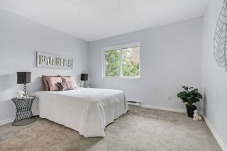 """Photo 8: 15 2830 BOURQUIN Crescent in Abbotsford: Central Abbotsford Townhouse for sale in """"Abbotsford Court"""" : MLS®# R2387328"""