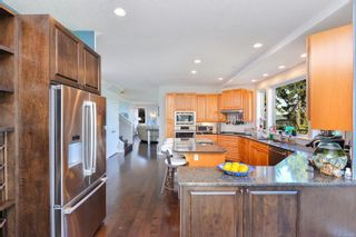 Photo 12: 583 Bay Bluff Pl in : ML Mill Bay House for sale (Malahat & Area)  : MLS®# 887170
