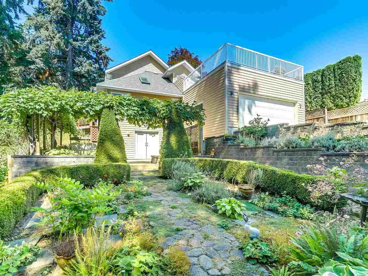 Photo 18: Photos: 1788 GORDON Avenue in West Vancouver: Ambleside House for sale : MLS®# R2207715