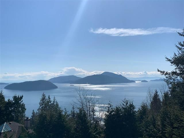 Main Photo: 405 TIMBERTOP DRIVE in West Vancouver: Lions Bay House for sale : MLS®# R2358443