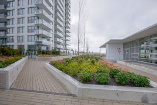 "Photo 3: 204 570 EMERSON Street in Coquitlam: Coquitlam West Condo for sale in ""UPTOWN 2 - BOSA"" : MLS®# R2233873"