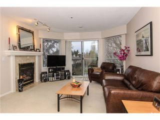 """Photo 3: 207 5419 201A Street in Langley: Langley City Condo for sale in """"Vista Gardens"""" : MLS®# F1401974"""