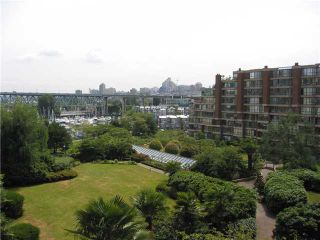 "Photo 1: 304 1450 PENNYFARTHING Drive in Vancouver: False Creek Condo for sale in ""HARBOUR COVE"" (Vancouver West)  : MLS®# V874456"