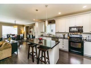 """Photo 5: 18970 68 Avenue in Surrey: Clayton House for sale in """"Heritance at Clayton Village"""" (Cloverdale)  : MLS®# R2075982"""