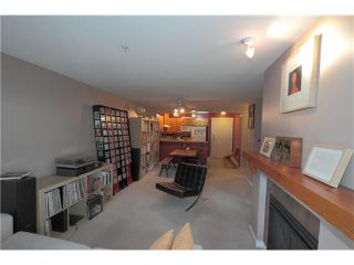 """Photo 7: 304 1428 PARKWAY Boulevard in Coquitlam: Westwood Plateau Condo for sale in """"MONTREAUX"""" : MLS®# V1072505"""