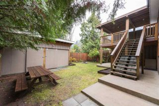 Photo 15: 1328 ZENITH Road in Squamish: Brackendale 1/2 Duplex for sale : MLS®# R2121750