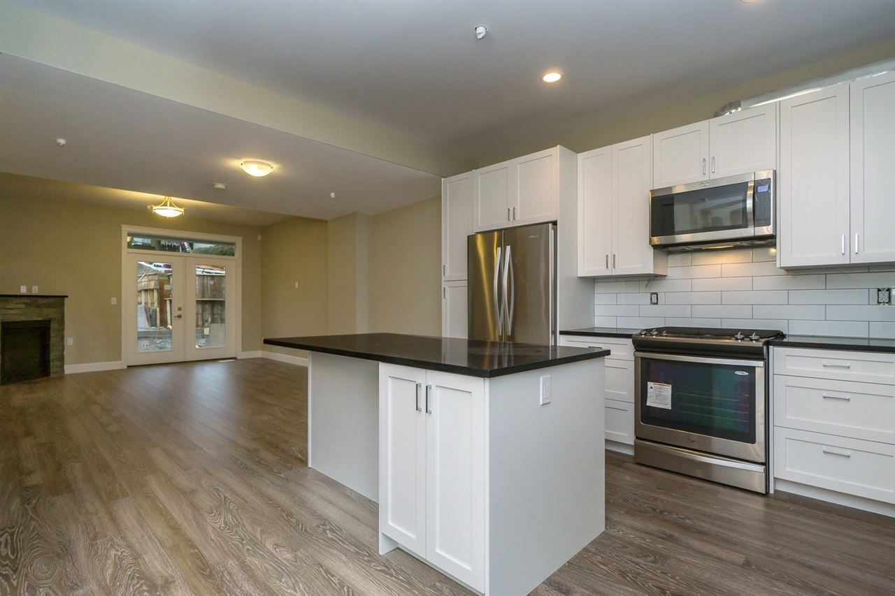 """Main Photo: 15 32921 14 Avenue in Mission: Mission BC Townhouse for sale in """"Southwynd"""" : MLS®# R2049466"""
