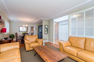 """Photo 4: 14349 78 Avenue in Surrey: East Newton House for sale in """"Springhill Estates - Chimney Heights"""" : MLS®# R2321641"""