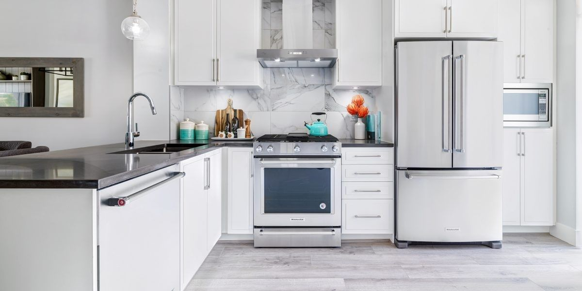 """Main Photo: 417 2960 151 Street in Surrey: King George Corridor Condo for sale in """"South Point Walk 2"""" (South Surrey White Rock)  : MLS®# R2297479"""