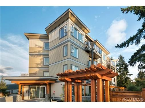 Main Photo: 403 7182 West Saanich Rd in BRENTWOOD BAY: CS Brentwood Bay Condo for sale (Central Saanich)  : MLS®# 703045