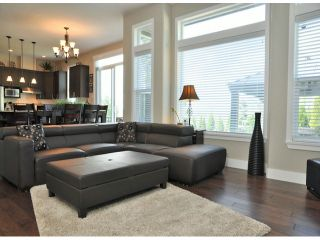 """Photo 4: 16926 78A Avenue in Surrey: Fleetwood Tynehead House for sale in """"The Links"""" : MLS®# F1313078"""
