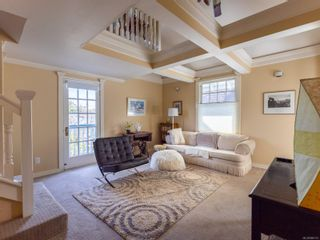 Photo 15: 521 Linden Ave in : Vi Fairfield West Other for sale (Victoria)  : MLS®# 886115