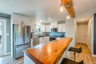 Photo 3: 1617 Maquinna Ave in : CV Comox (Town of) House for sale (Comox Valley)  : MLS®# 867252