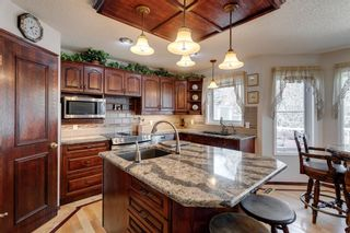 Photo 4: 388 Sienna Park Drive SW in Calgary: Signal Hill Detached for sale : MLS®# A1097255