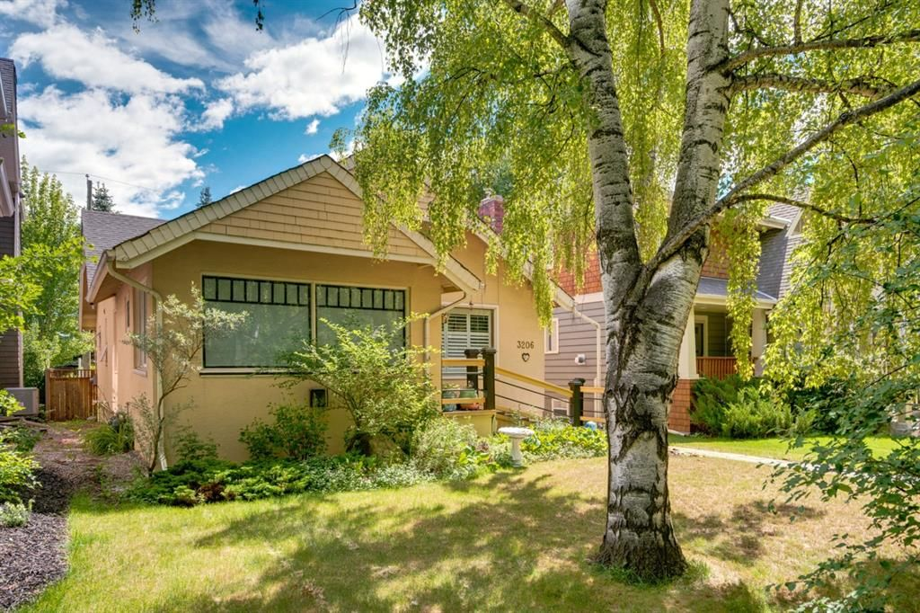 Main Photo: 3206 Vercheres Street SW in Calgary: Upper Mount Royal Detached for sale : MLS®# A1124685