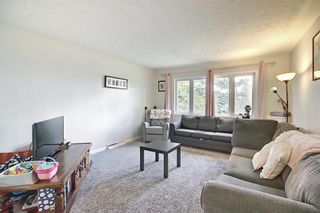 Photo 3: 3224 14 Street NW in Calgary: Rosemont Duplex for sale : MLS®# A1123509