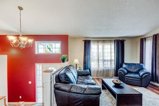 Photo 4: 16 Meadow Close: Cochrane Detached for sale : MLS®# A1088829