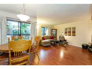 """Photo 4: 412 CARDIFF Way in Port Moody: College Park PM Townhouse for sale in """"EASTHILL"""" : MLS®# V1059936"""