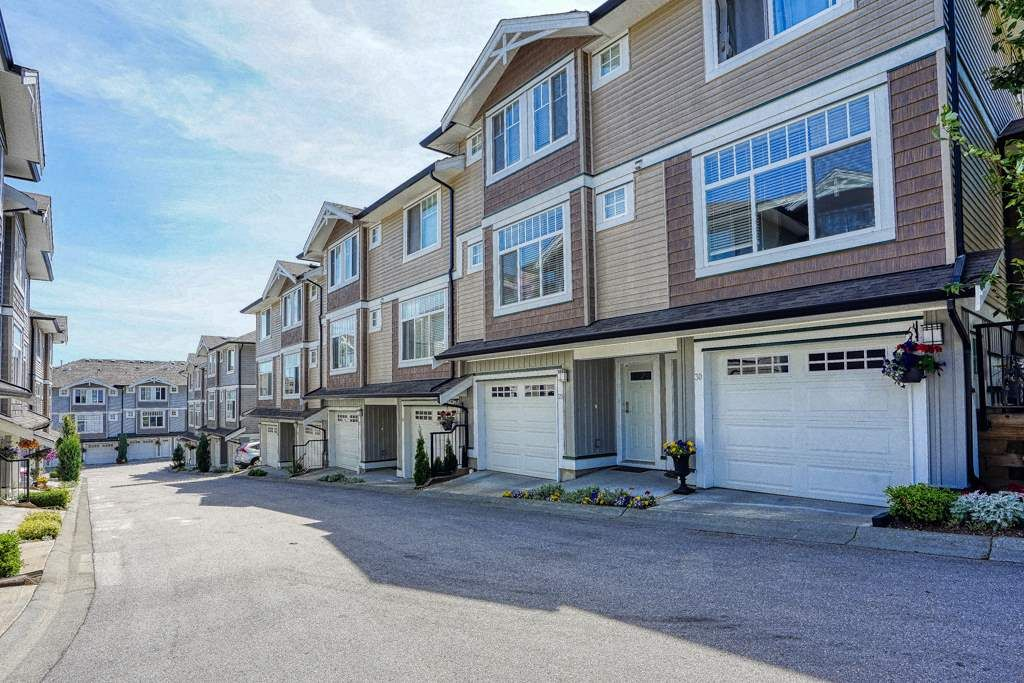 Main Photo: 29 14356 63A Ave in Surrey: Sullivan Station Townhouse for sale : MLS®# R2415248