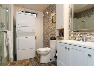 """Photo 15: 3 2120 KING GEORGE Boulevard in Surrey: King George Corridor Manufactured Home for sale in """"Five Oaks"""" (South Surrey White Rock)  : MLS®# R2189509"""