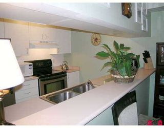 """Photo 6: 102 10533 134TH Street in Surrey: Whalley Condo for sale in """"The Parkview"""" (North Surrey)  : MLS®# F2717336"""