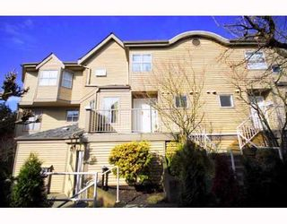 """Photo 1: A2 925 TOBRUCK Avenue in North Vancouver: Hamilton Townhouse for sale in """"KENSIGATON GARDENS"""" : MLS®# V762629"""