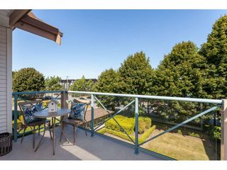 """Photo 4: 322 22150 48 Avenue in Langley: Murrayville Condo for sale in """"Eaglecrest"""" : MLS®# R2488936"""