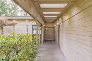 "Photo 2: 13496 57 Avenue in Surrey: Panorama Ridge House for sale in ""Panorama Ridge"" : MLS®# R2245203"