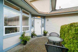"Photo 3: 15 4725 221 Street in Langley: Murrayville Townhouse for sale in ""SUMMERHILL GATE"" : MLS®# R2533516"