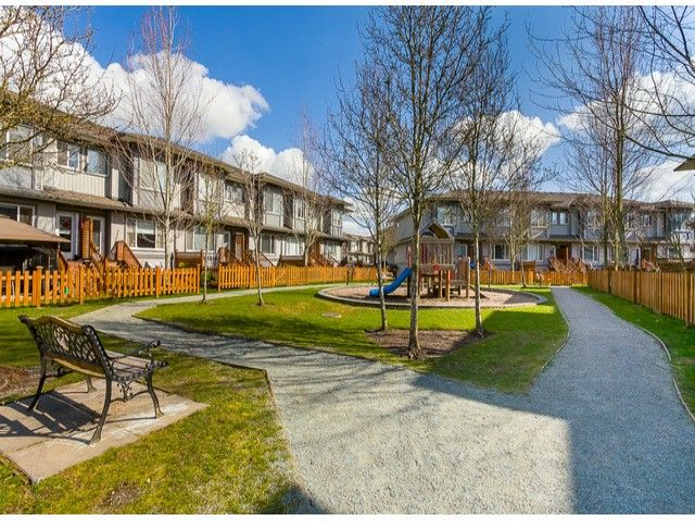 """Photo 16: Photos: 93 18701 66TH Avenue in Surrey: Cloverdale BC Townhouse for sale in """"Encore"""" (Cloverdale)  : MLS®# F1405952"""