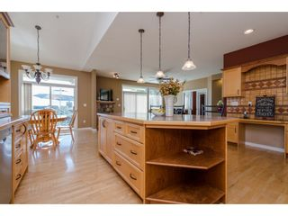 """Photo 7: 35784 REGAL Parkway in Abbotsford: Abbotsford East House for sale in """"REGAL PEAKS"""" : MLS®# R2112545"""