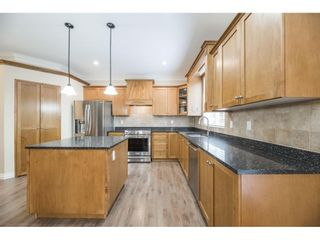 Photo 12: 21658 89TH AVENUE in Langley: Walnut Grove House for sale : MLS®# R2577877