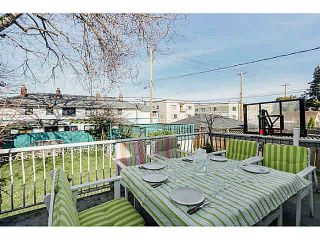 Photo 2: 2445 W 10TH Avenue in Vancouver: Kitsilano House for sale (Vancouver West)  : MLS®# R2135608