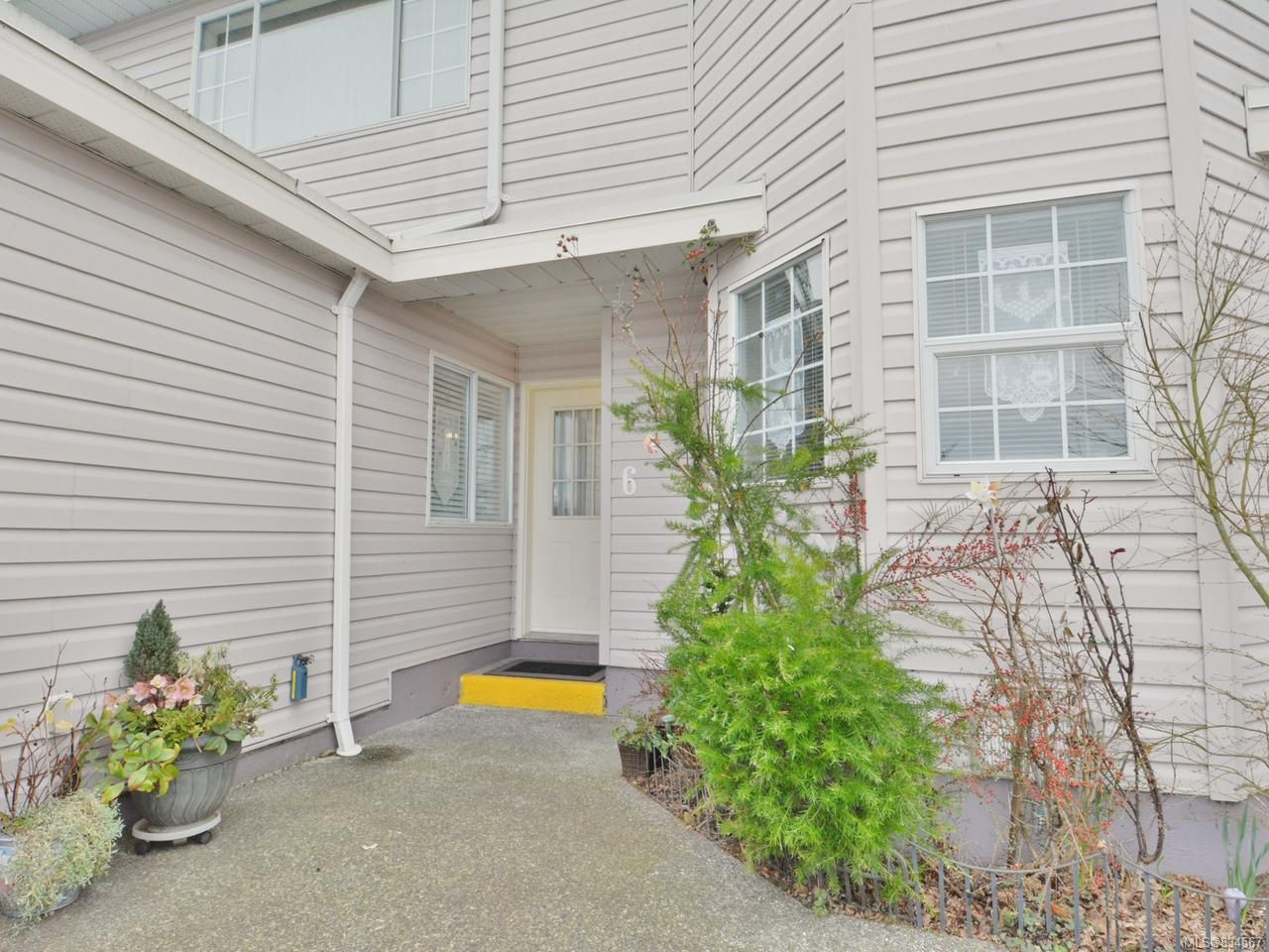 Main Photo: 6 100 First Ave in LADYSMITH: Du Ladysmith Row/Townhouse for sale (Duncan)  : MLS®# 834567