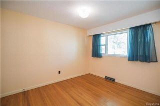 Photo 3: 46 Hastings Boulevard in Winnipeg: St Vital Residential for sale (2C)  : MLS®# 1726047