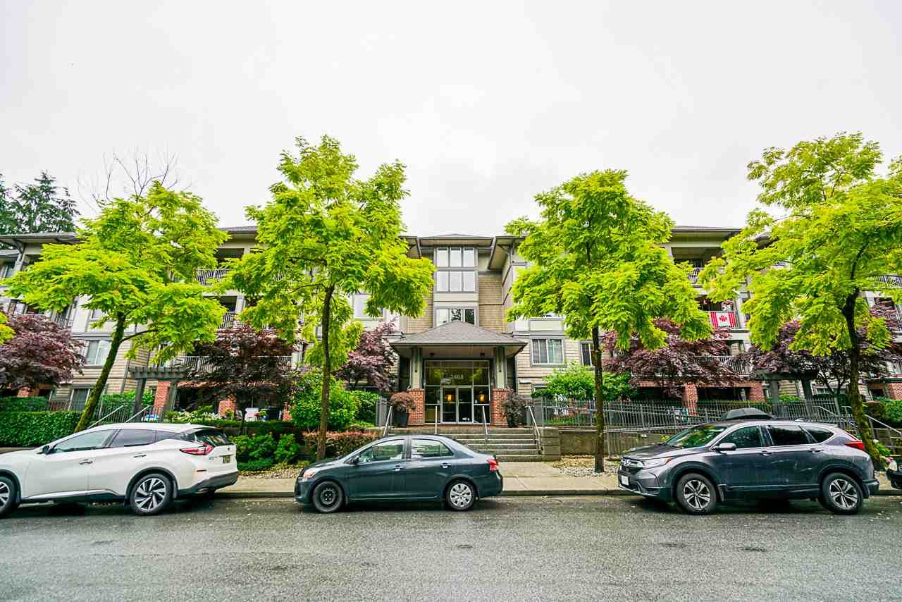 "Main Photo: 207 2468 ATKINS Avenue in Port Coquitlam: Central Pt Coquitlam Condo for sale in ""BORDEAUX"" : MLS®# R2448658"