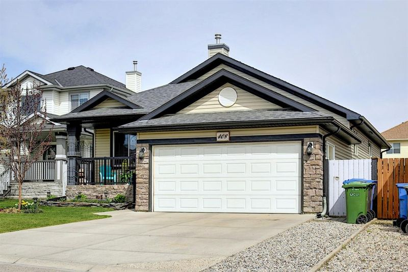 FEATURED LISTING: 408 West Creek Bay Chestermere