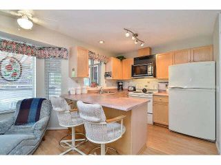 """Photo 2: 233 14861 98TH Avenue in Surrey: Guildford Townhouse for sale in """"THE MANSIONS"""" (North Surrey)  : MLS®# F1429353"""