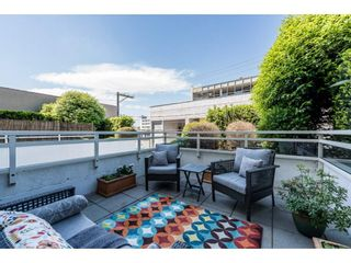 "Photo 15: 214 1635 W 3RD Avenue in Vancouver: False Creek Condo for sale in ""LUMEN"" (Vancouver West)  : MLS®# R2169810"