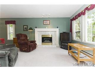 Photo 12: 1160 Gerda Rd in VICTORIA: SW Northridge House for sale (Saanich West)  : MLS®# 574242