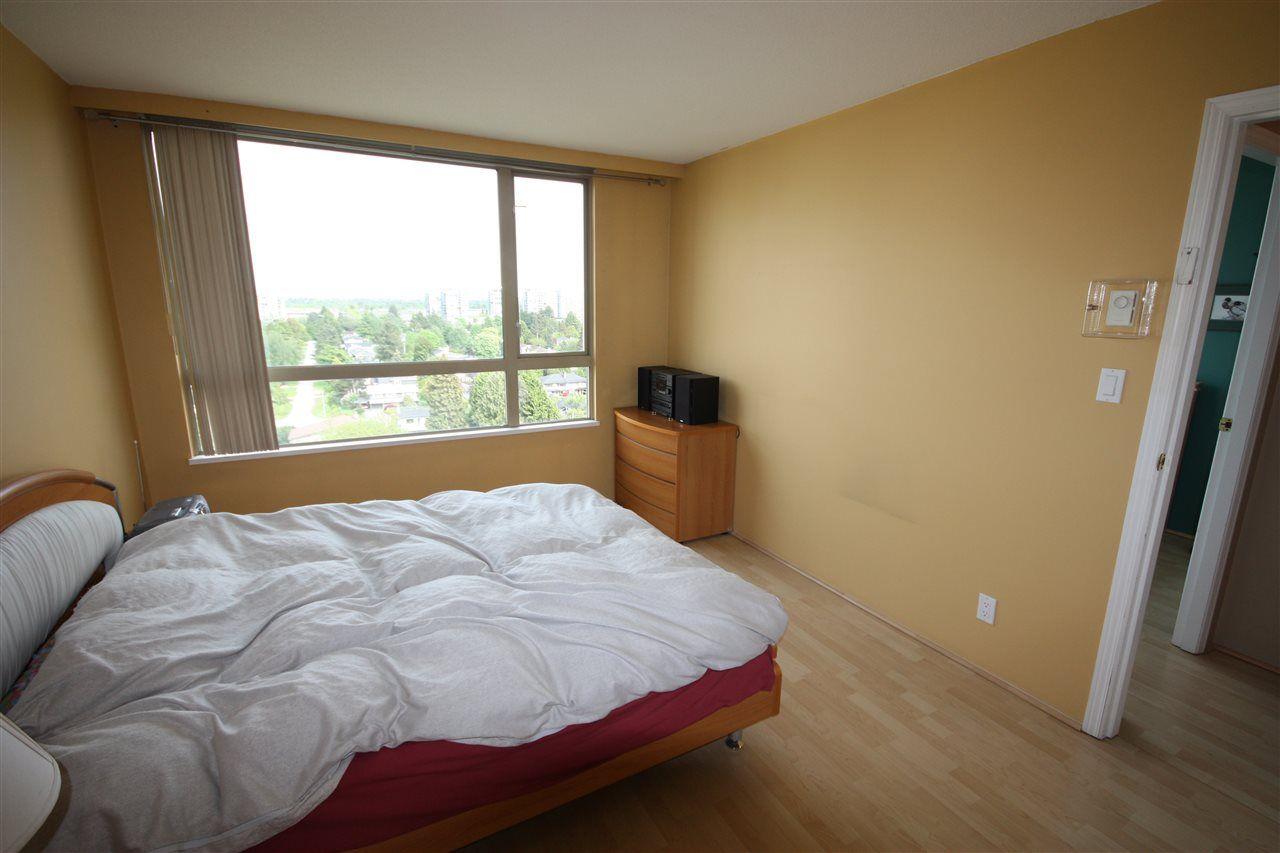 "Photo 7: Photos: 1205 8297 SABA Road in Richmond: Brighouse Condo for sale in ""ROSARIO GARDEN"" : MLS®# R2167667"