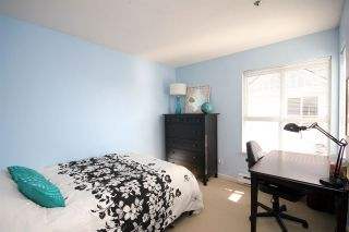 """Photo 11: 11 2711 E KENT AVENUE NORTH Avenue in Vancouver: Fraserview VE Townhouse for sale in """"RIVERSIDE GARDENS"""" (Vancouver East)  : MLS®# R2010542"""